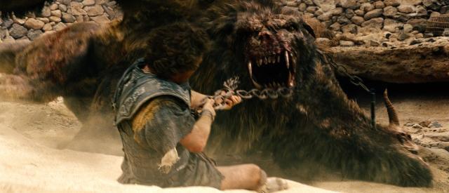 「タイタンの逆襲」魔獣キメラがペルセウスを襲撃する映像公開