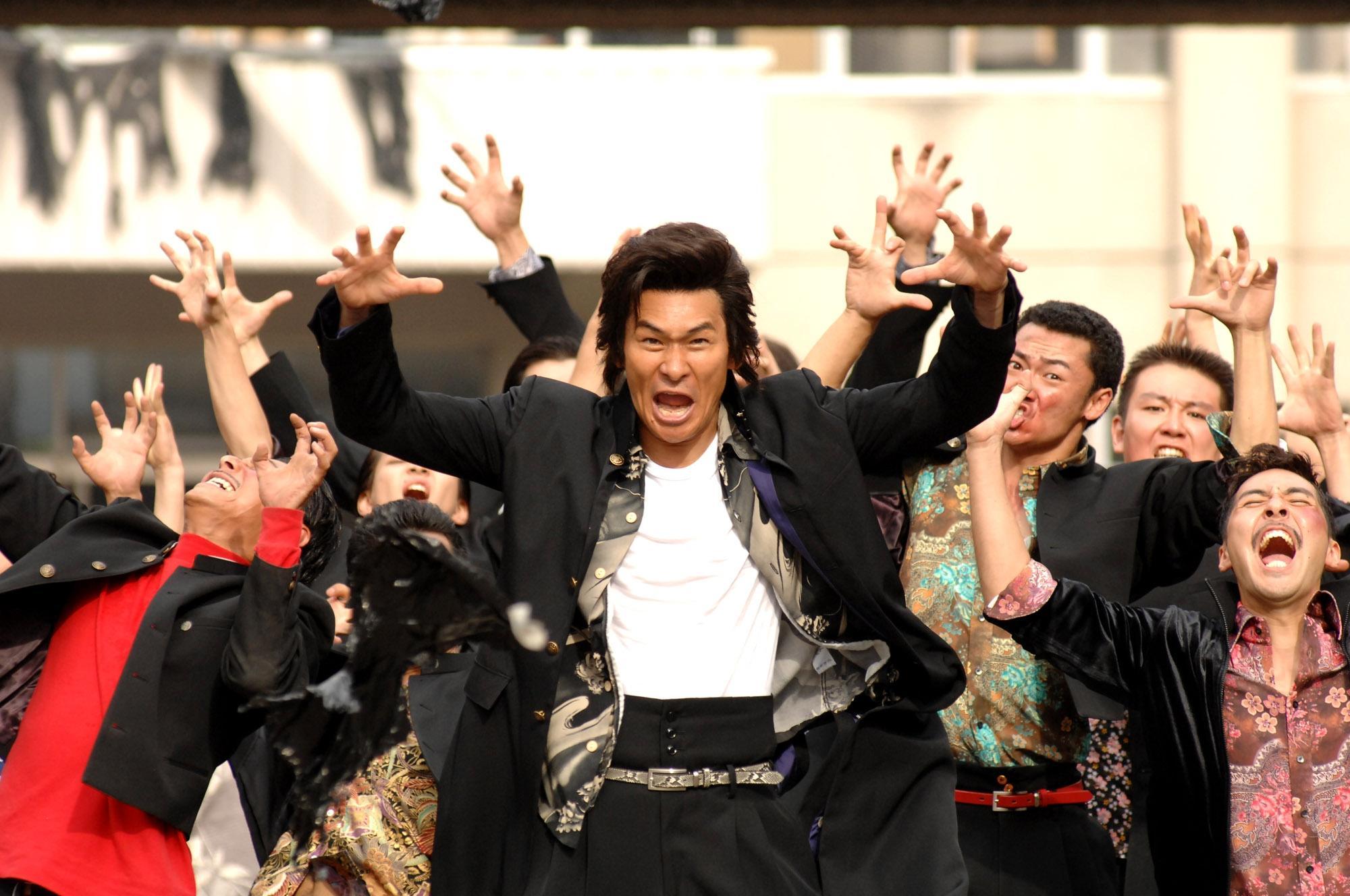 48歳・伊原剛志、学ラン姿で高校生役を熱演&熱唱