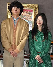 撮影現場で会見した高良健吾と吉高由里子「横道世之介」