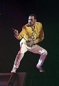 1989年のライブでのフレディ・マーキュリー「クィーン」