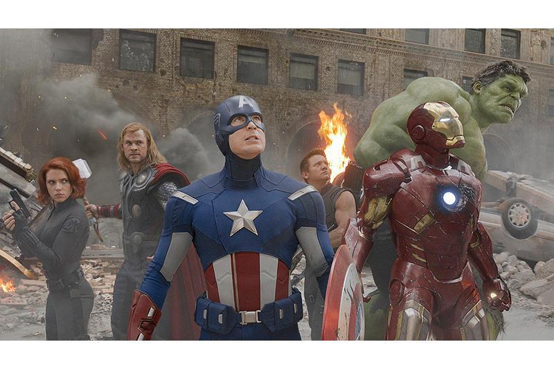 【全米映画ランキング】 「アベンジャーズ」V3 「バトルシップ」2位、「ディクテーター」3位