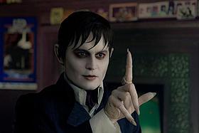 ジョニー・デップが白塗りの吸血鬼に「ダーク・シャドウ」