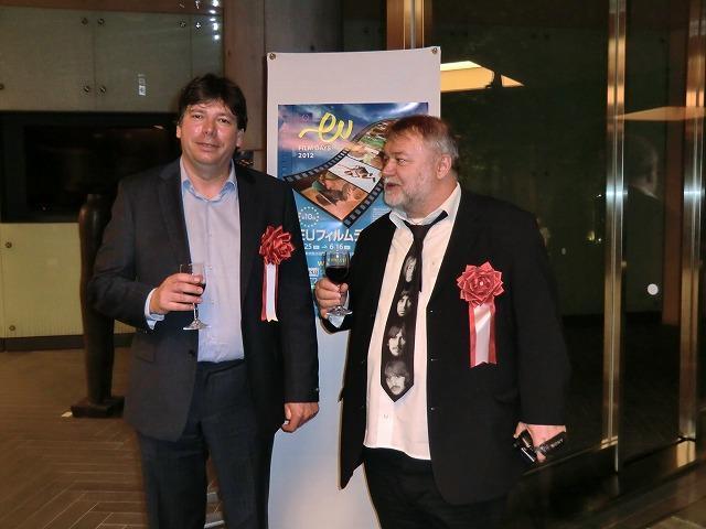ハンガリーからフォニョー・ゲルゲイ監督(左)が来日