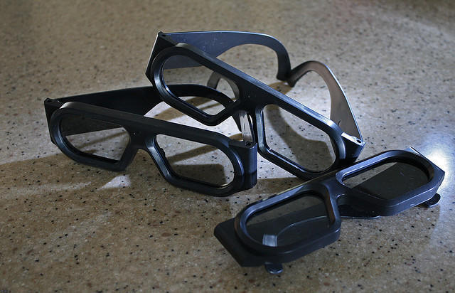 米ソニー、劇場への3Dメガネ代金負担要求を撤回