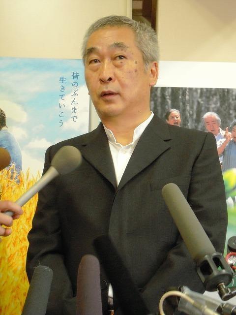 新藤兼人監督次男・次郎氏「お疲れさまと言ってあげたい」
