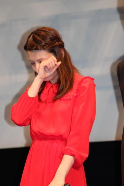 伊藤英明「海猿」ファン4000人を前に感無量、加藤あいは感涙!