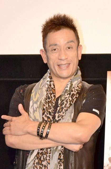 クリス松村、赤面告白 お気に入りは「サッカー日本代表の川島」
