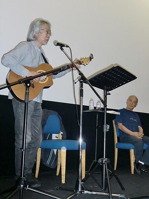 谷川俊太郎と小室等が少年時代を振り返り「鉄腕アトム」主題歌披露 - 画像3