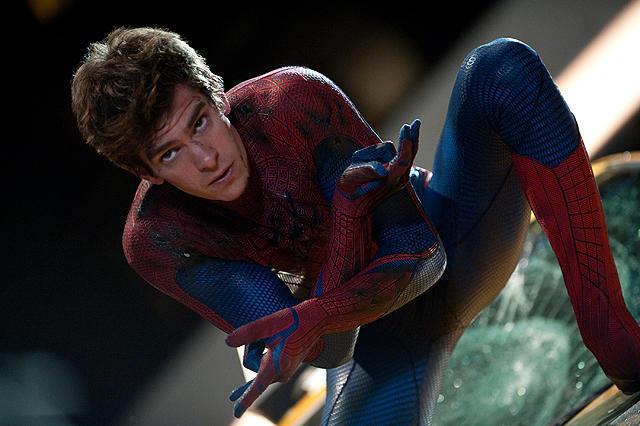 【国内映画ランキング】「スパイダーマン」V2、「アンパンマン」4位、「崖っぷちの男」が5位