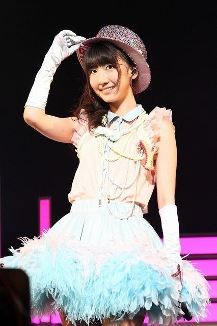 AKB48柏木由紀、ソロデビュー決定! サプライズ発表に目を潤ませ飛躍誓う