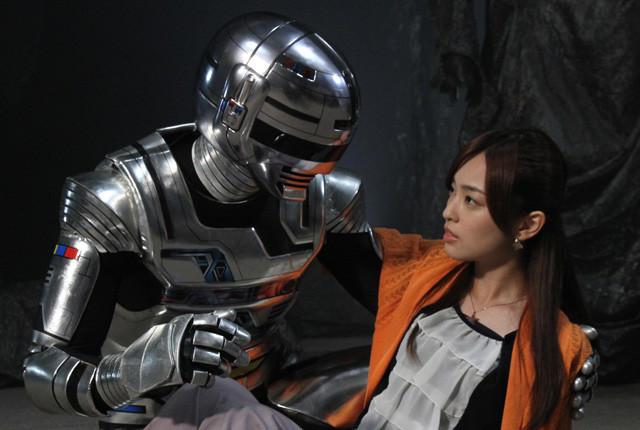 劇場版「宇宙刑事ギャバン」ヒロイン役に注目の若手女優・滝裕可里