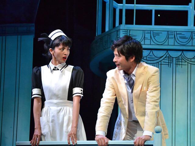満島ひかり、田中圭ら舞台「鎌塚氏、すくい上げる」でコメディセンス開花