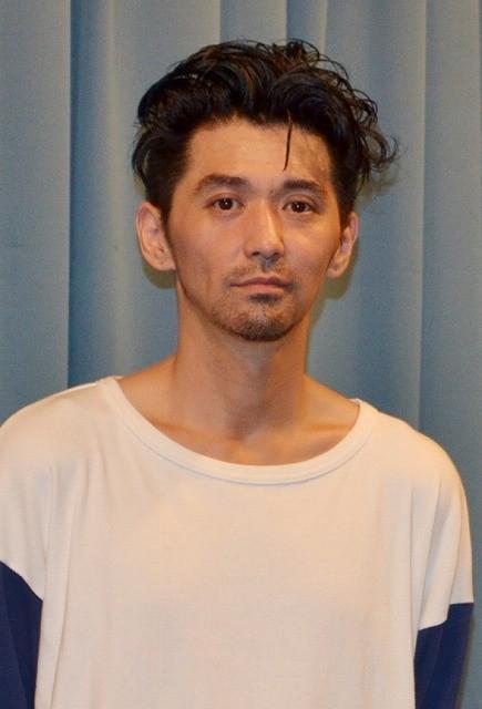 村上淳、主演のチュート徳井をベタぼめ!「この人以外考えられなかった」
