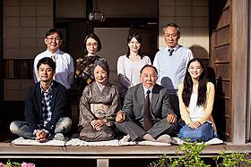 小津監督「東京物語」から60年、普遍的な家族の姿を描く「東京家族」