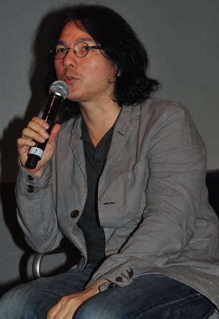 岩井俊二監督、最新作「ヴァンパイア」は太宰治「人間失格」へのオマージュ