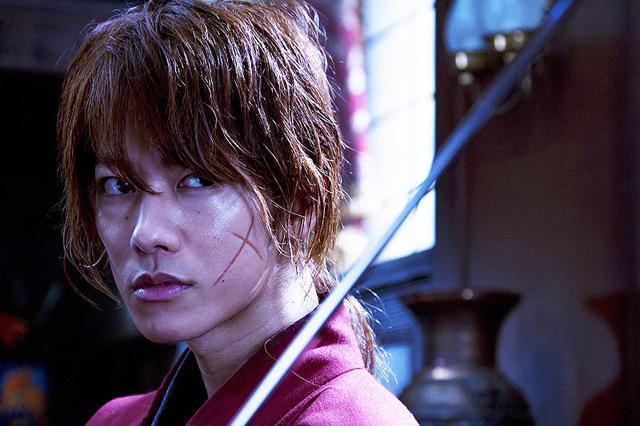 【国内映画ランキング】「るろ剣」V2、「アッコちゃん」5位、「最強のふたり」が8位