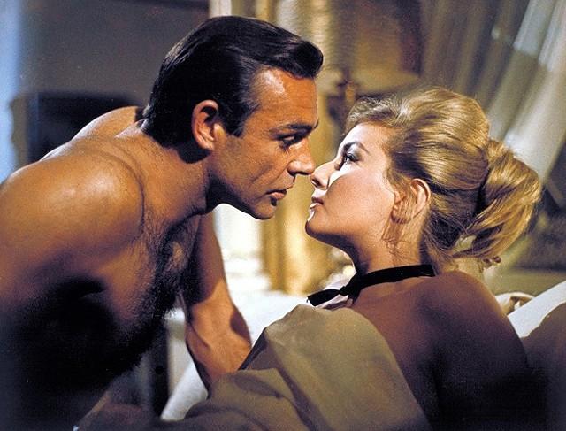 「007 ロシアより愛をこめて」(写真) も日高晤郎の吹き替え版が収録