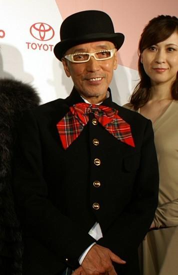 テリー伊藤「日本のマダムは若づくりしすぎ」年齢相応ファッション提案
