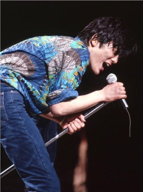 尾崎豊がスクリーンで復活!未公開映像交え伝説のラストライブを映画化