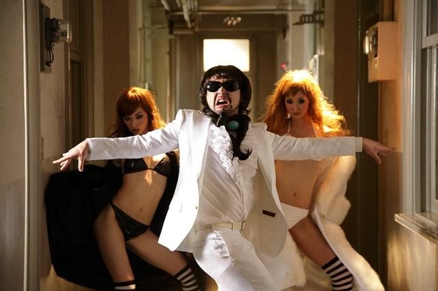 山田孝之が1人3役で愛に翻ろうされる「オー!マイキー」監督作の予告公開