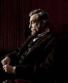 リンカーン大統領に扮したダニエル・デイ=ルイス「リンカーン」