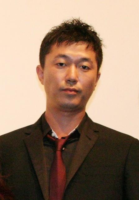 新井浩文、主演作の舞台挨拶をツイッターで告知し満席に