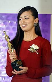 「カーネーション」で主演女優賞獲得の尾野真千子「贖罪」