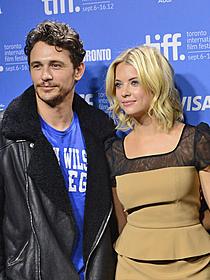 新恋人のアシュリー・ベンソンと撮影に応じた ジェームズ・フランコ「スプリング・ブレイカーズ」