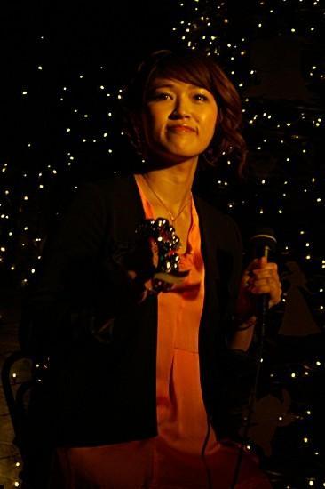 ボニー・ピンクがイルミ点灯、ディズニーの光バックに歌う - 画像4