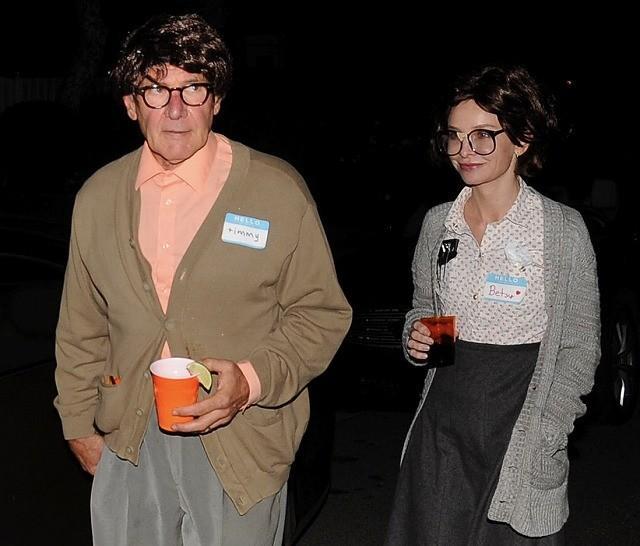 すっかりハロウィン名物に! ハリソン・フォード夫妻の今年の仮装は?