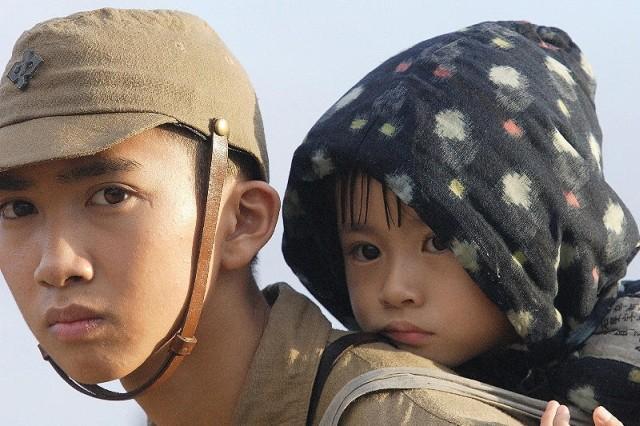 日向寺太郎監督が実写映画化した「火垂るの墓」