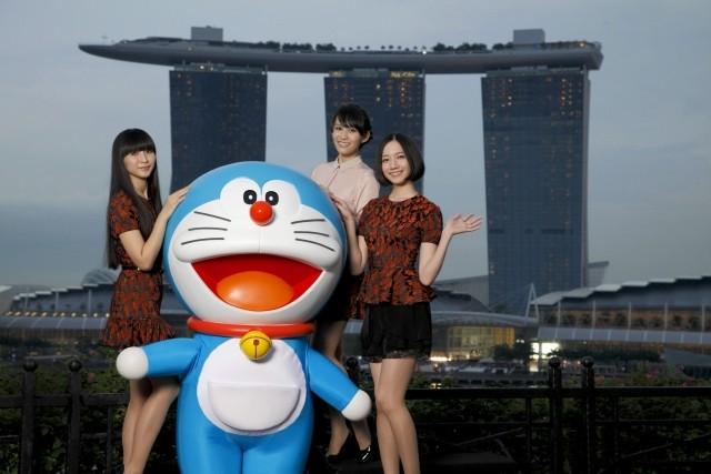 Perfume新曲が「映画ドラえもん」主題歌に 海外ツアーでサプライズ発表