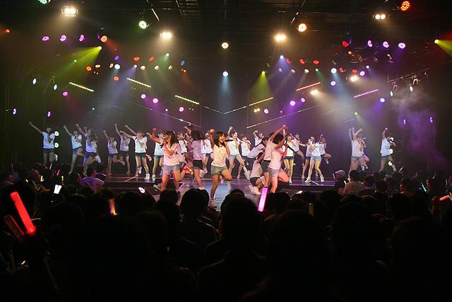 HKT48、劇場1周年公演で感激の涙 新曲「初恋バタフライ」も劇場初披露 - 画像4