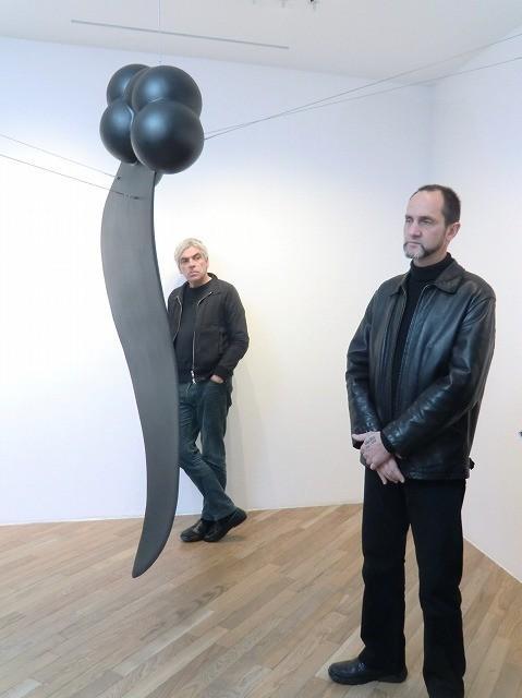 巨匠小津に敬意 ペドロ・コスタと彫刻家ルイ・シャフェスの展覧会「MU[無]」開催