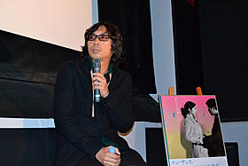 トークショーに出席した行定勲監督「GO(2001)」