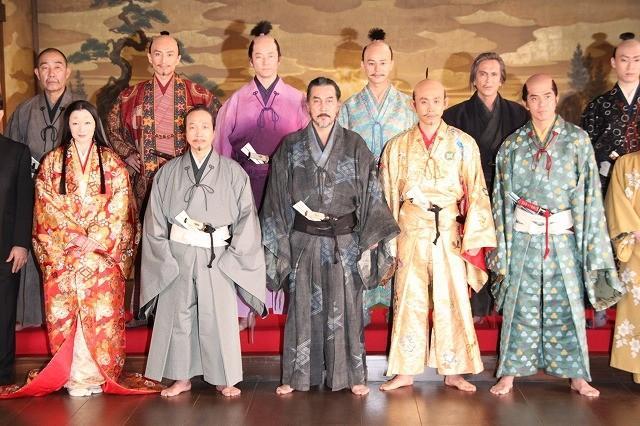 三谷監督「清須会議」こだわりのビジュアル明らかに 大泉洋、京香、剛力が…