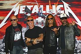 圧倒的人気を誇るヘビメタバンド「メタリカ」「プレデターズ」