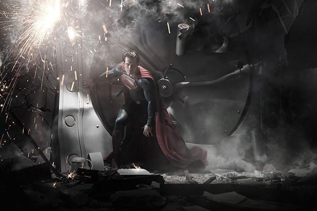 スーパーマン訴訟、米ワーナーが原作者子孫に勝利