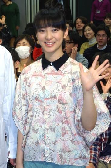 5倍忙しい武井咲「生まれ変わったら普通の19歳に…」