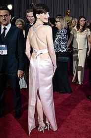 ドレスアップして世界中の映画ファンを 虜にしたアン・ハサウェイ「世界にひとつのプレイブック」