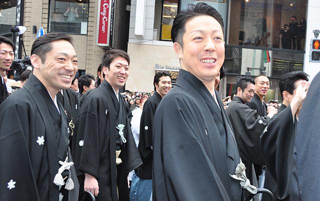 歌舞伎俳優63人の銀座練り歩きに3万2000人が歓声! - 画像12