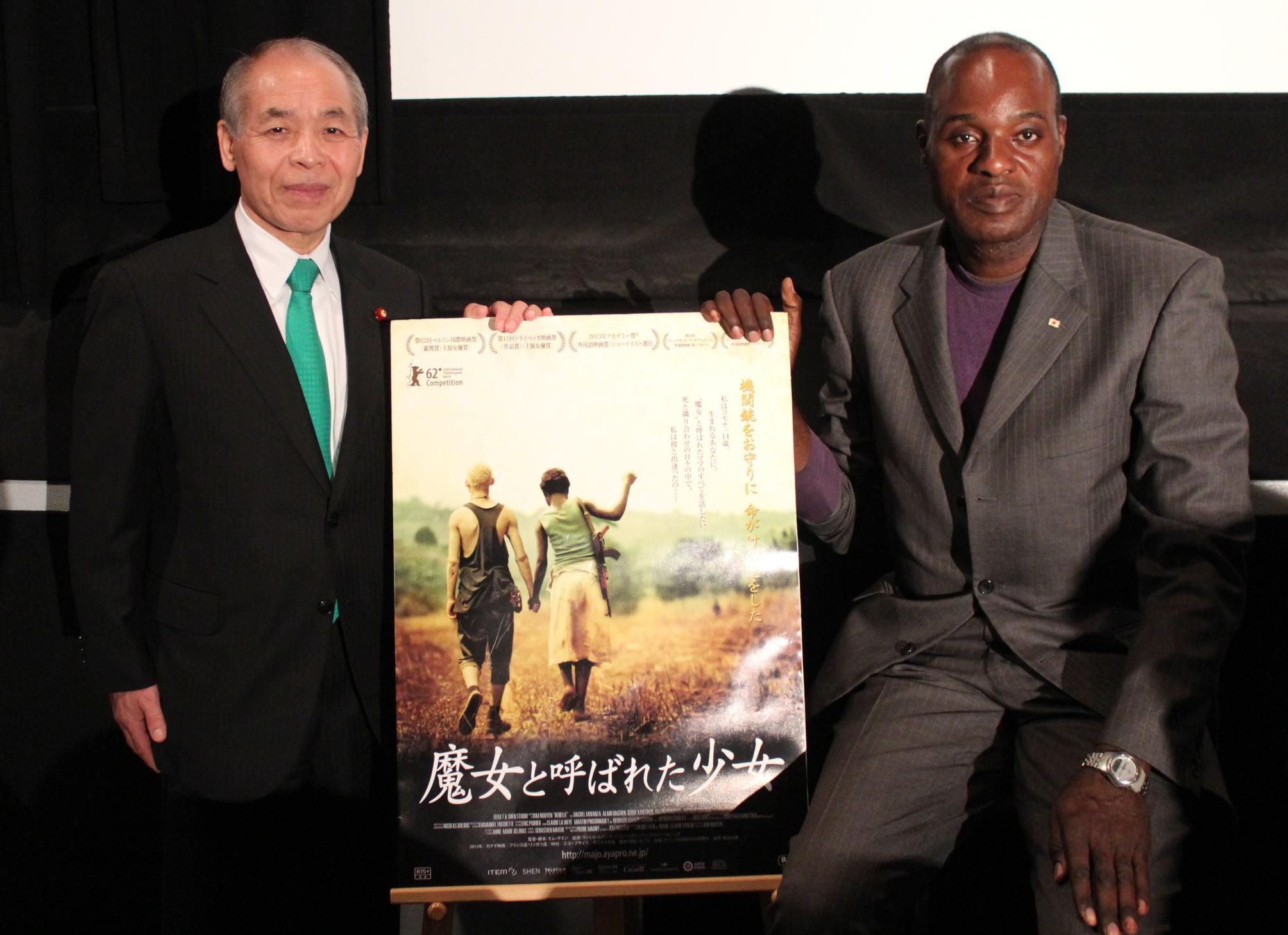 鈴木宗男「援助ではなく協力を」 ムルアカ氏とアフリカ支援のあり方訴える