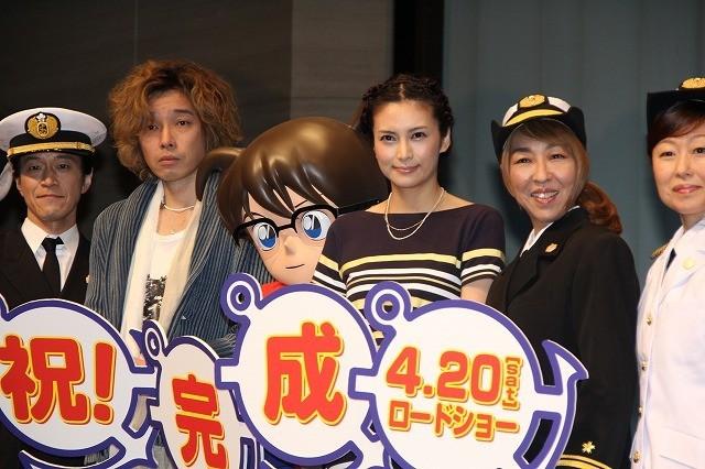 劇場版「コナン」参加の柴咲コウと斉藤和義がスパイになって潜入したい場所は?
