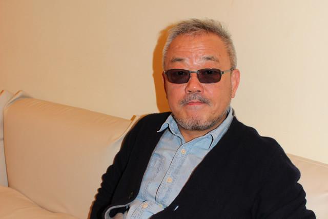 井筒和幸監督「『黄金を抱いて翔べ』は男のロマン」
