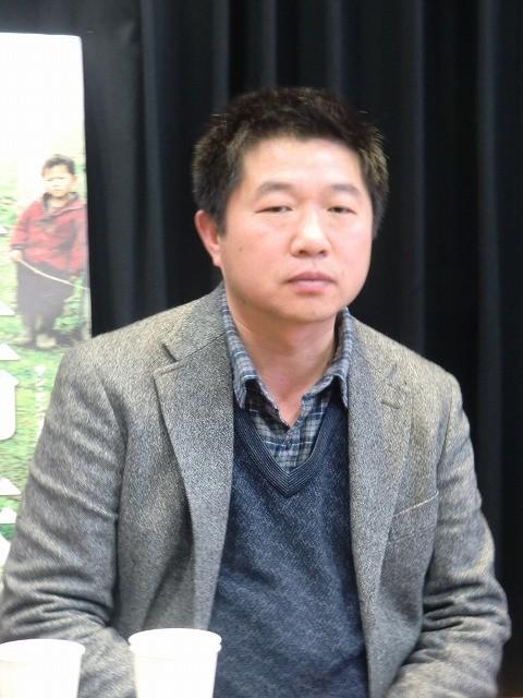 ワン・ビン監督が来日 雲南の貧しい寒村で親なしで生きる「三姉妹」語る - 画像2