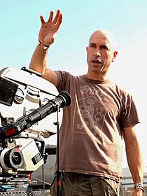 リメイク版「ハートブルー」の メガホンをとるエリクソン・コア監督「ハートブルー」