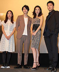 「モンスター」初日挨拶に立った 高岡早紀、遠藤要、稲葉友、大九明子監督「モンスター」