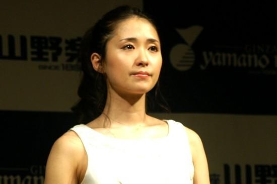 ミュージカルで活躍中の笹本玲奈