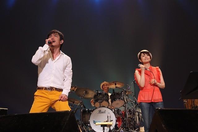 THE BOOM、1年半ぶり全国ツアーが沖縄・読谷村で熱狂のファイナル