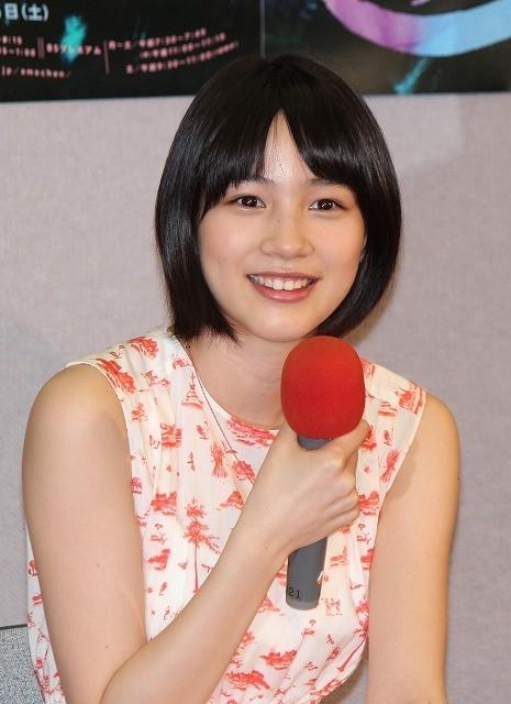 能年玲奈、「あまちゃん」東京編語る 共演する松田龍平は「ラスカル似」